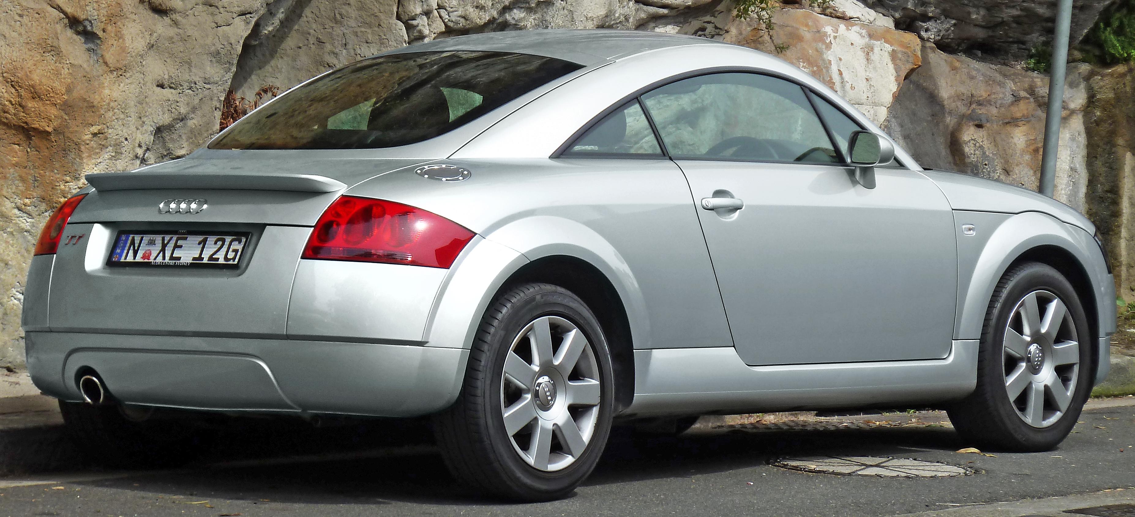 Audi tt convertible white