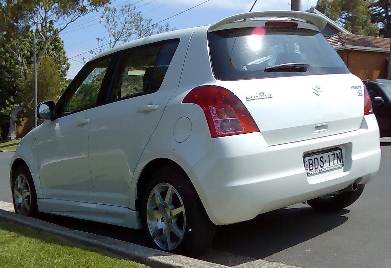 Suzuki swift re 1