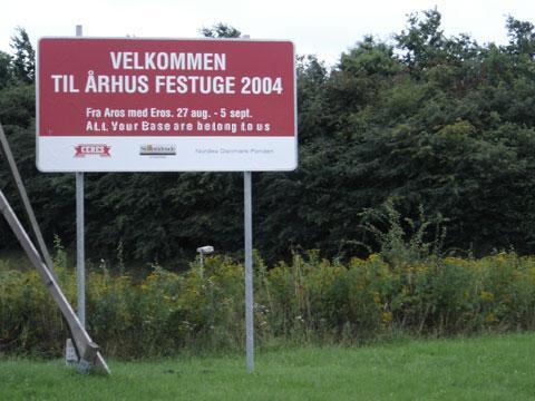 Curiosidades de los videojuegos.  All_your_base_are_belong_to_us_Aarhus