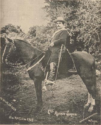 Aparicio Saravia al salir de Melo, el 21 de marzo de 1903, en vísperas del Pacto de Nico Pérez.