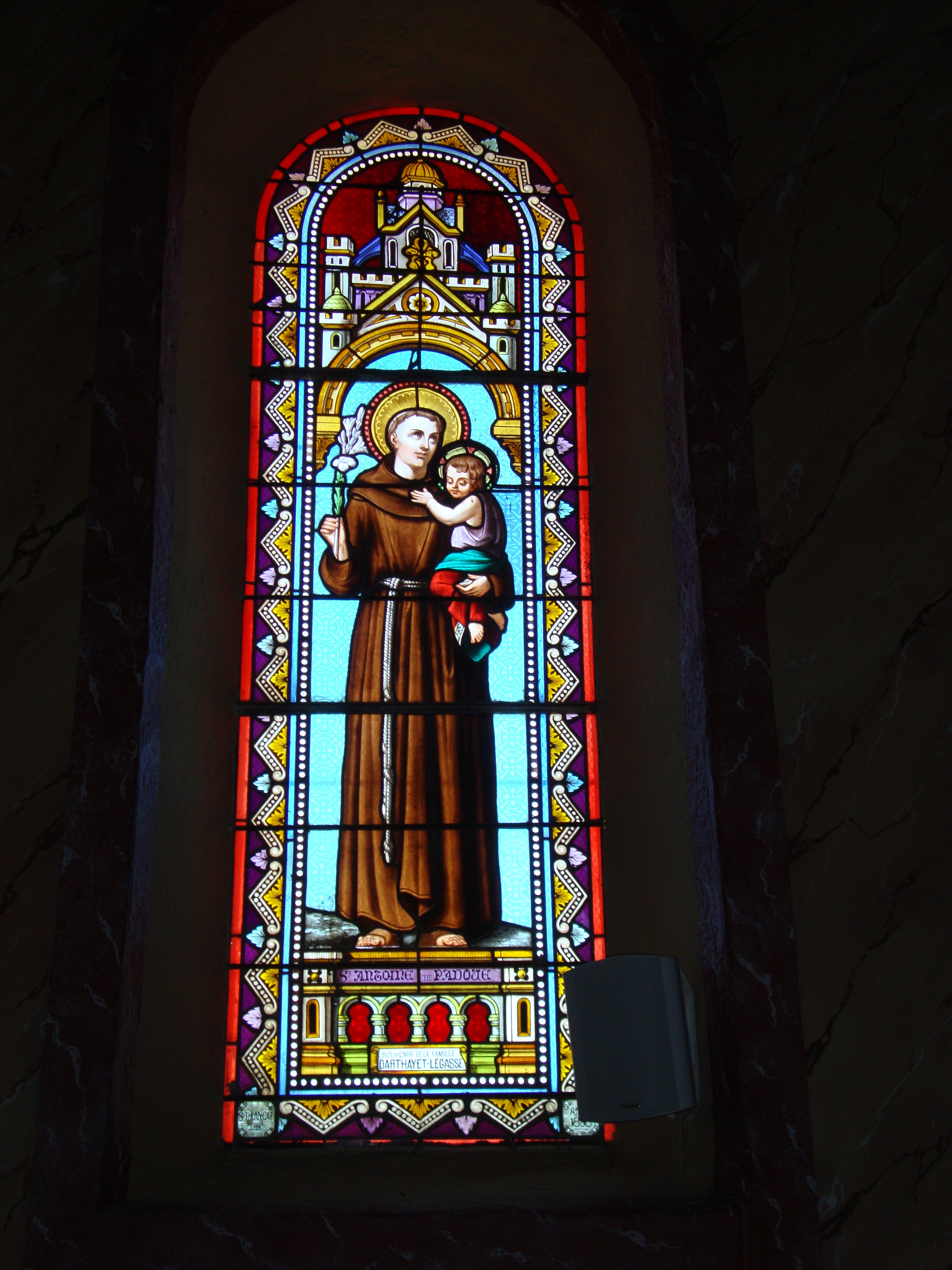 File arbonne pyr atl fr stained glass window of saint for Window glass design 5 serial number