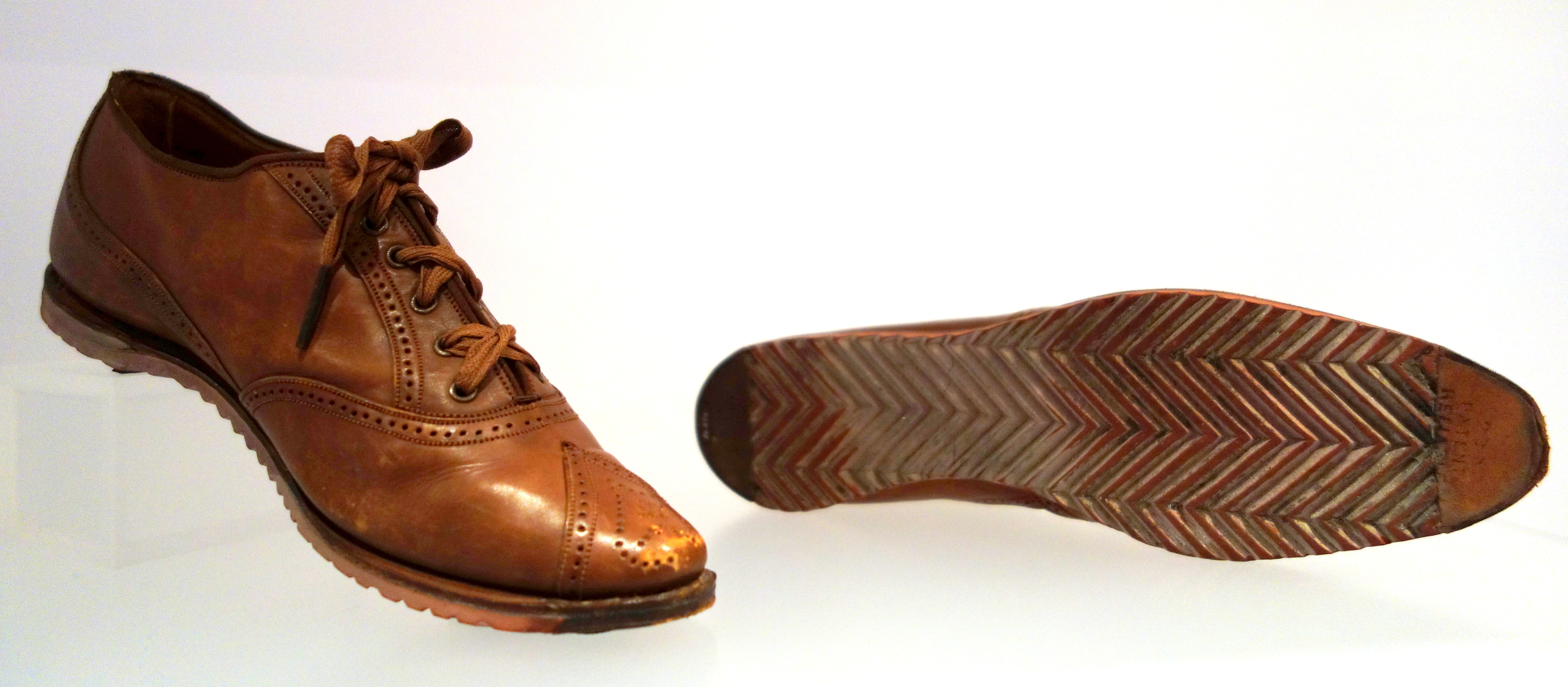 bata shoes organization Brief history of the company the business that became the bata shoe organization was established on august 24, 1894 in zlin, czechoslovakia by tomas bata, and included his brother antonin.