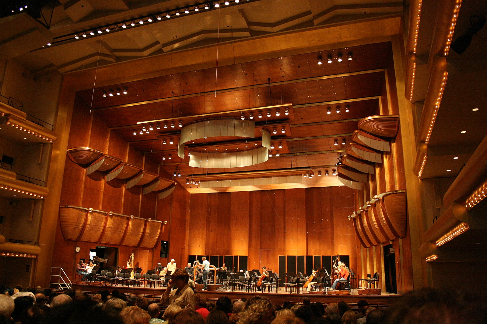 Avery Fisher Hall, NYC (Inside) - Lincoln Center for Performing Arts