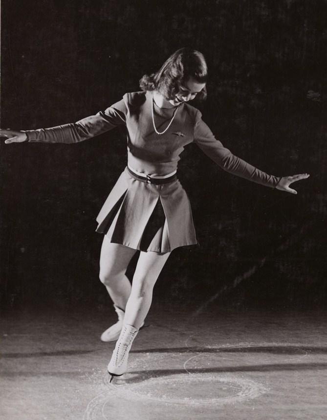 barbara ann scott The second world war precluded honouring a top canadian female athlete for  1945 but popular ottawa figure skater barbara ann scott was feted as winner of.
