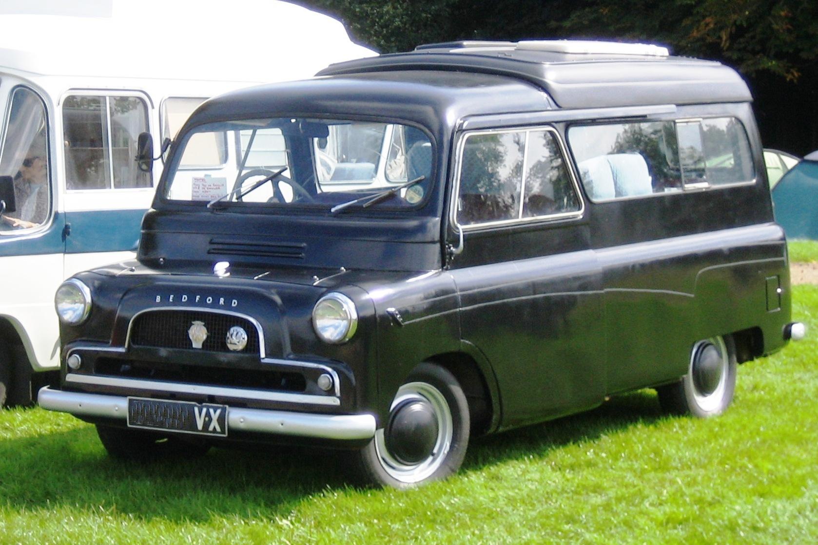 File Bedford Ca Discretely Dormobile Ca 1960 Jpg