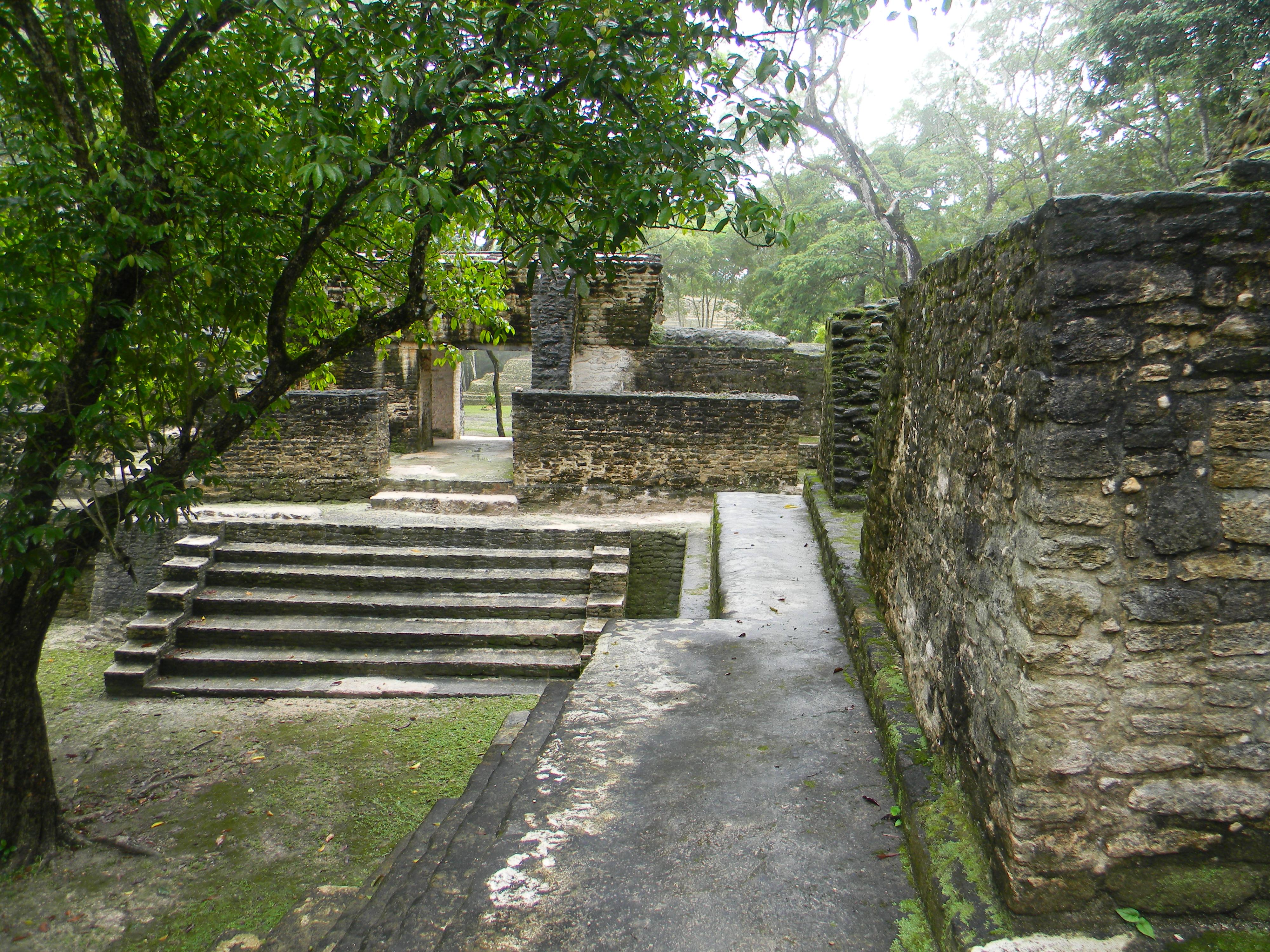 Its Classic 3.0 >> File:Belize, Cahal Pech Laslovarga033.JPG - Wikimedia Commons