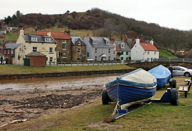 Boats by the Beck, Sandsend - geograph.org.uk - 804335