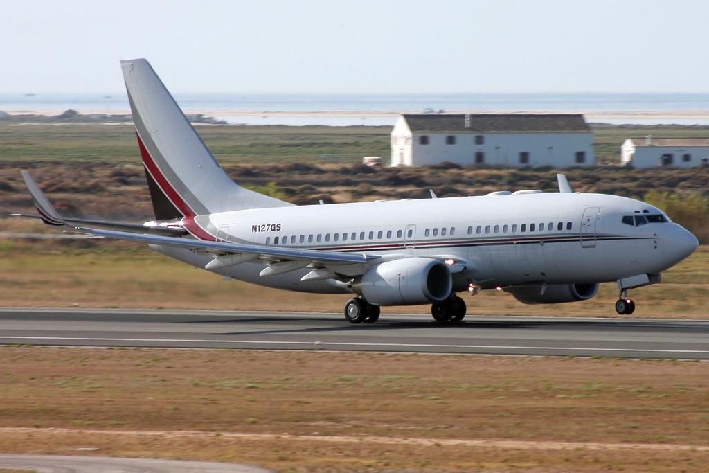Netjets Private jet: Boeing 737-7BC(BBJ)