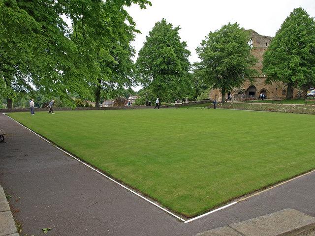 Bowling green, Knaresborough Castle - geograph.org.uk - 1398009