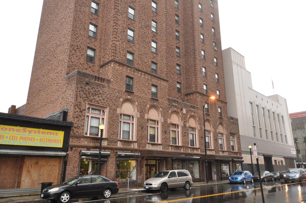 Bridgeportct hotelbeach 1