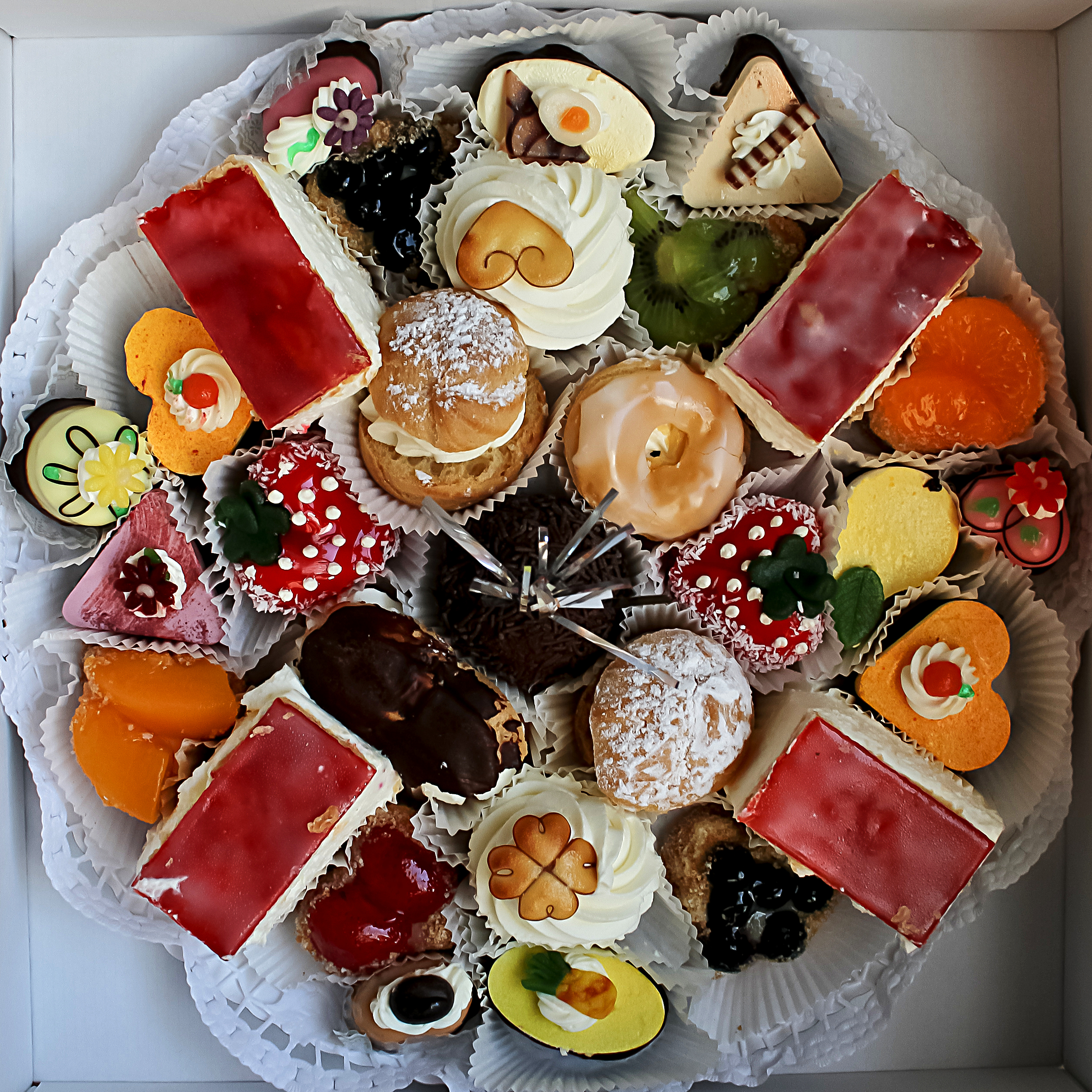 Forum on this topic: Mini Cakes and Desserts That Help You , mini-cakes-and-desserts-that-help-you/
