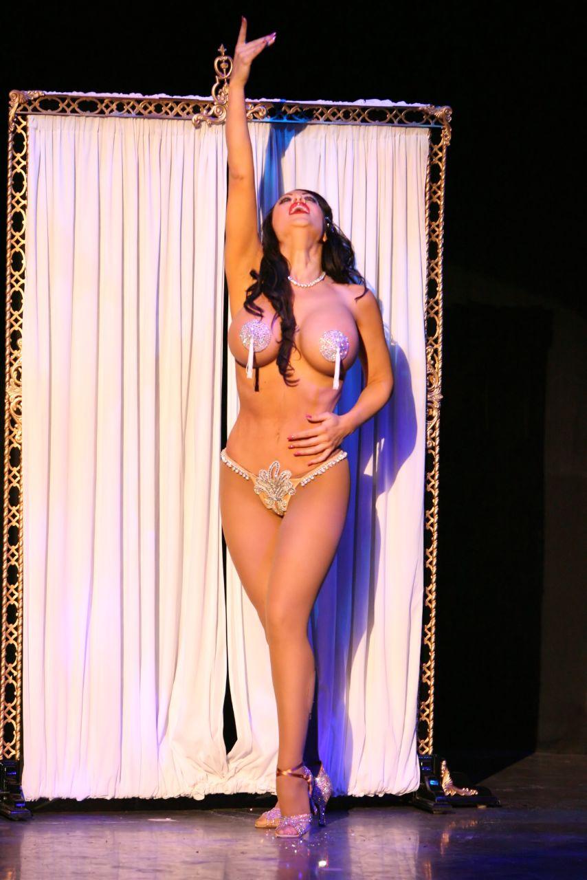 Burlesque Poses