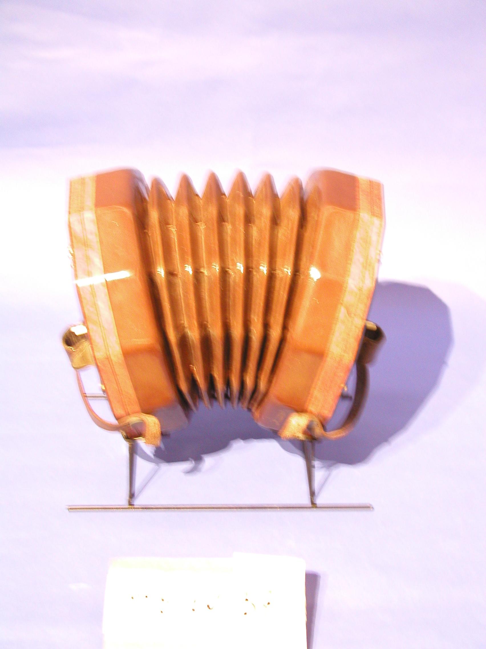 Lachenal concertina dating