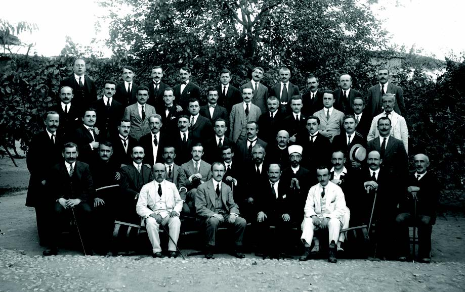 File:Delegates of the Congress - January, 1920.jpg