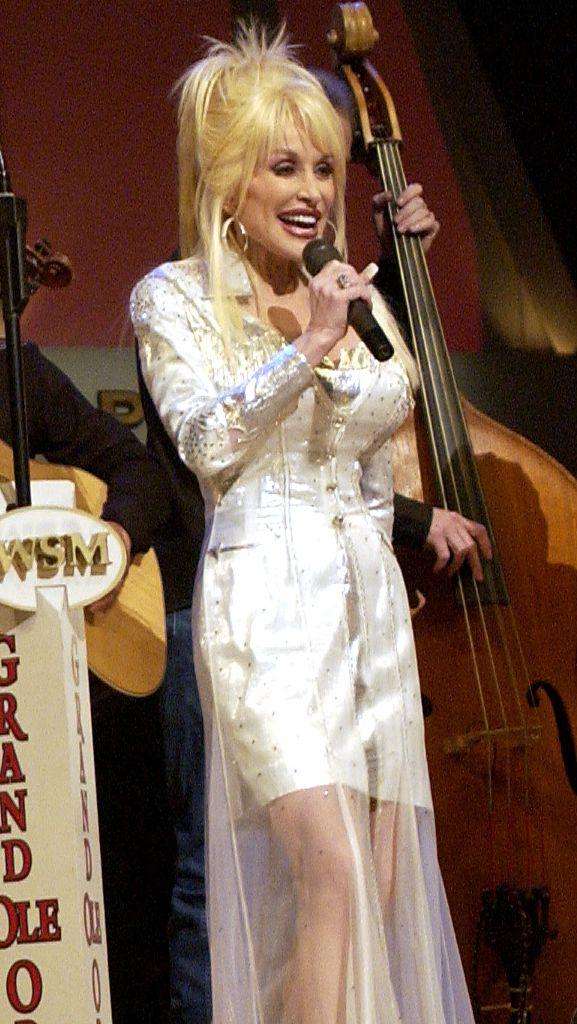 Dolly Parton desnuda Imgenes, vdeos y grabaciones