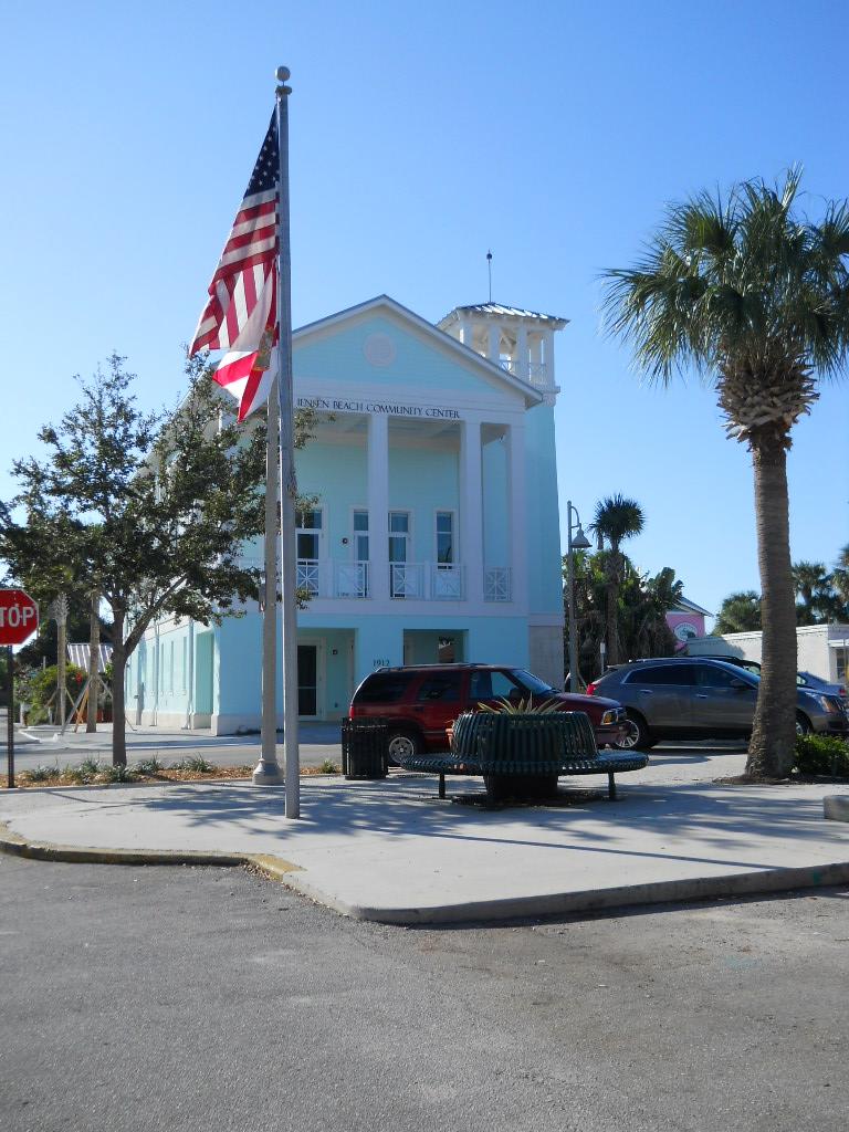 File Downtown Jensen Beach Florida 008 Jpg Wikimedia Commons