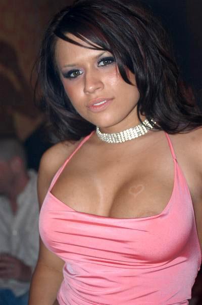 Sexy zoey deschanel nude scene