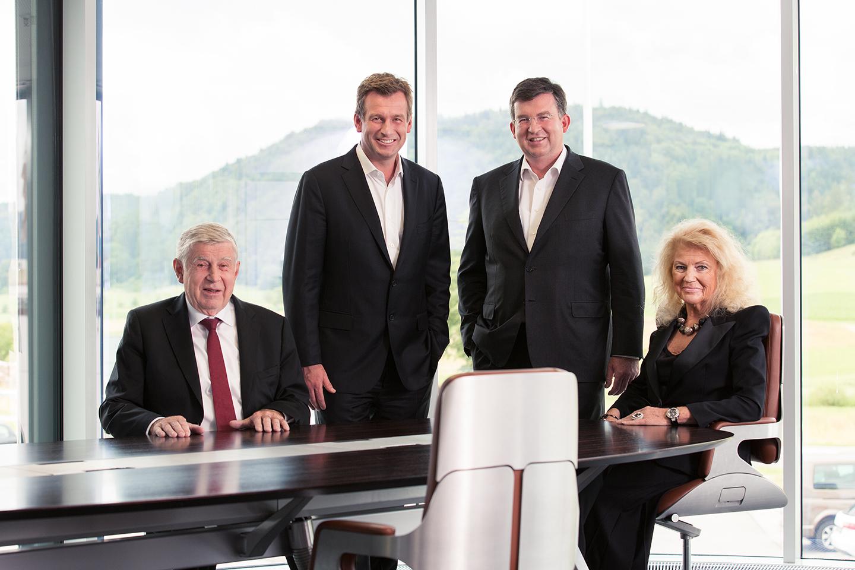 File:Familie Link (geschäftsleitung der Interstuhl Büromöbel GmbH ...