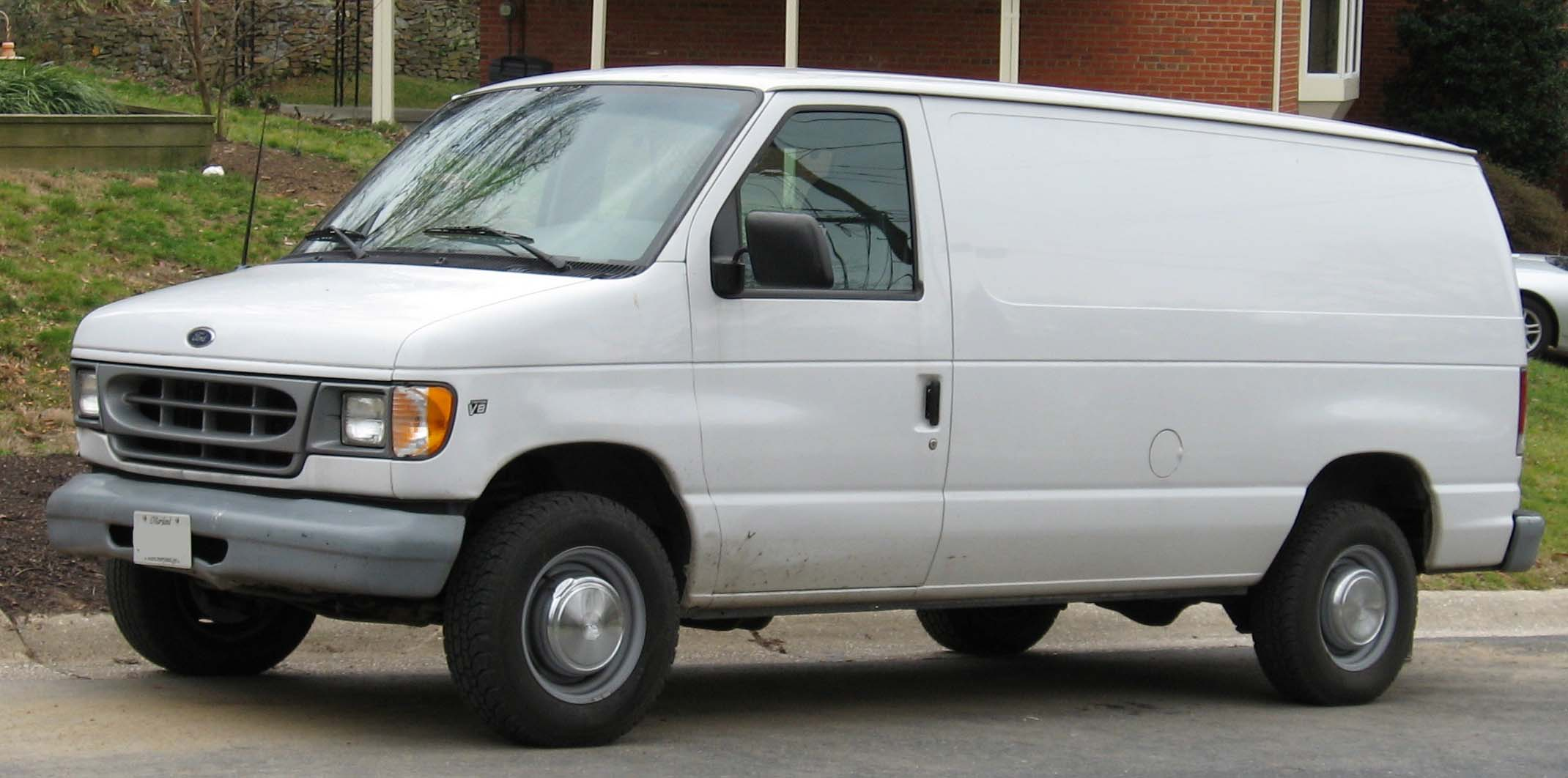 File Ford Econoline Jpg Wikimedia Commons