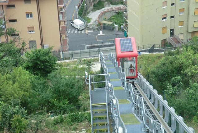 La Cabina Meaning : File:genova quezzi elevator.jpg wikipedia
