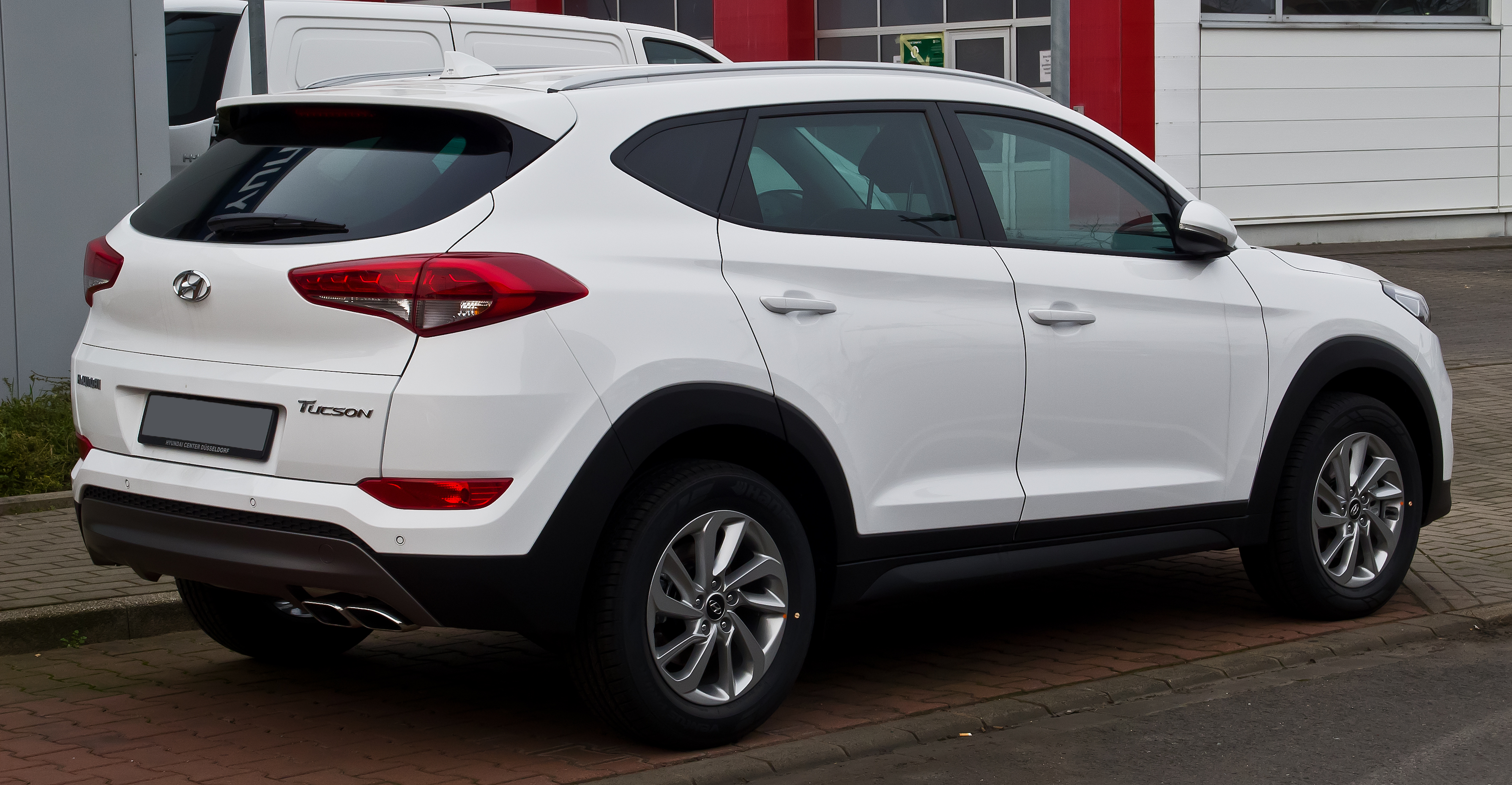how to use android auto on hyundai tucson