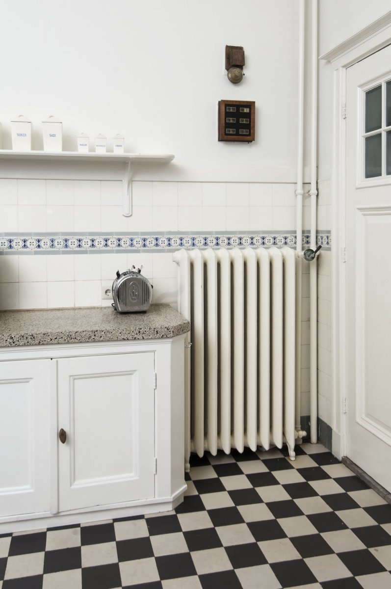 File interieur detail de radiator in de keuken for Interieur keuken