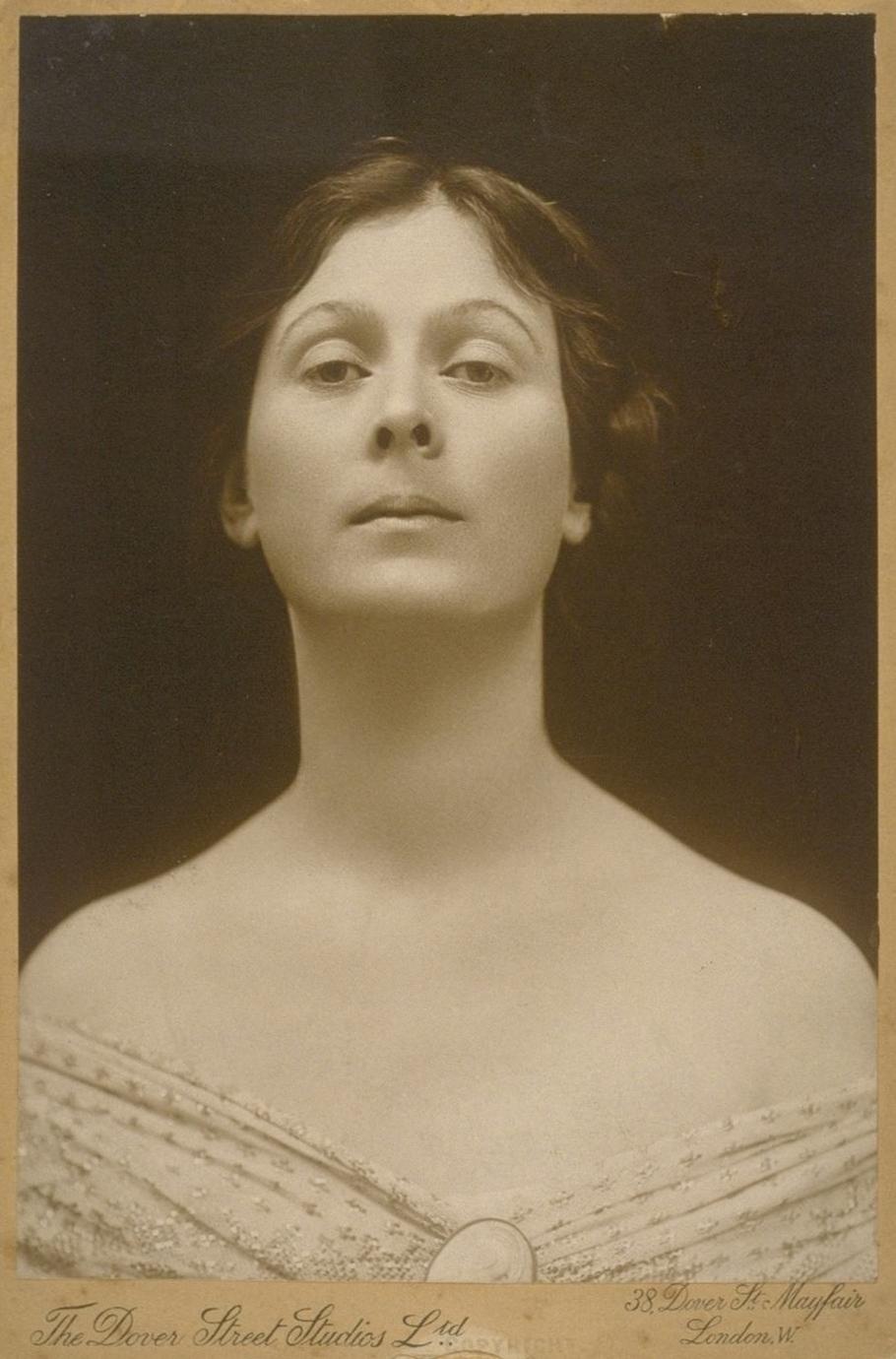 Photo of Isadora Duncan