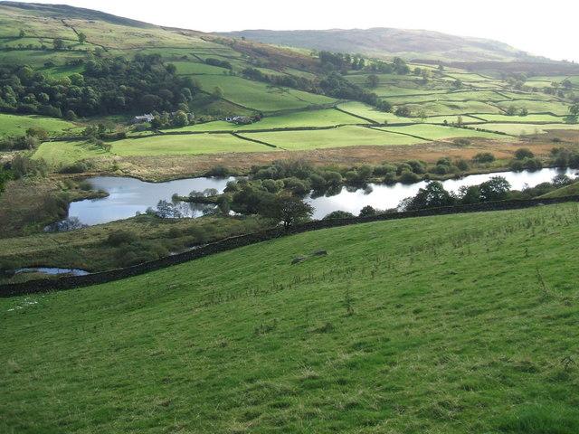 Kentmere Tarn - geograph.org.uk - 1526898