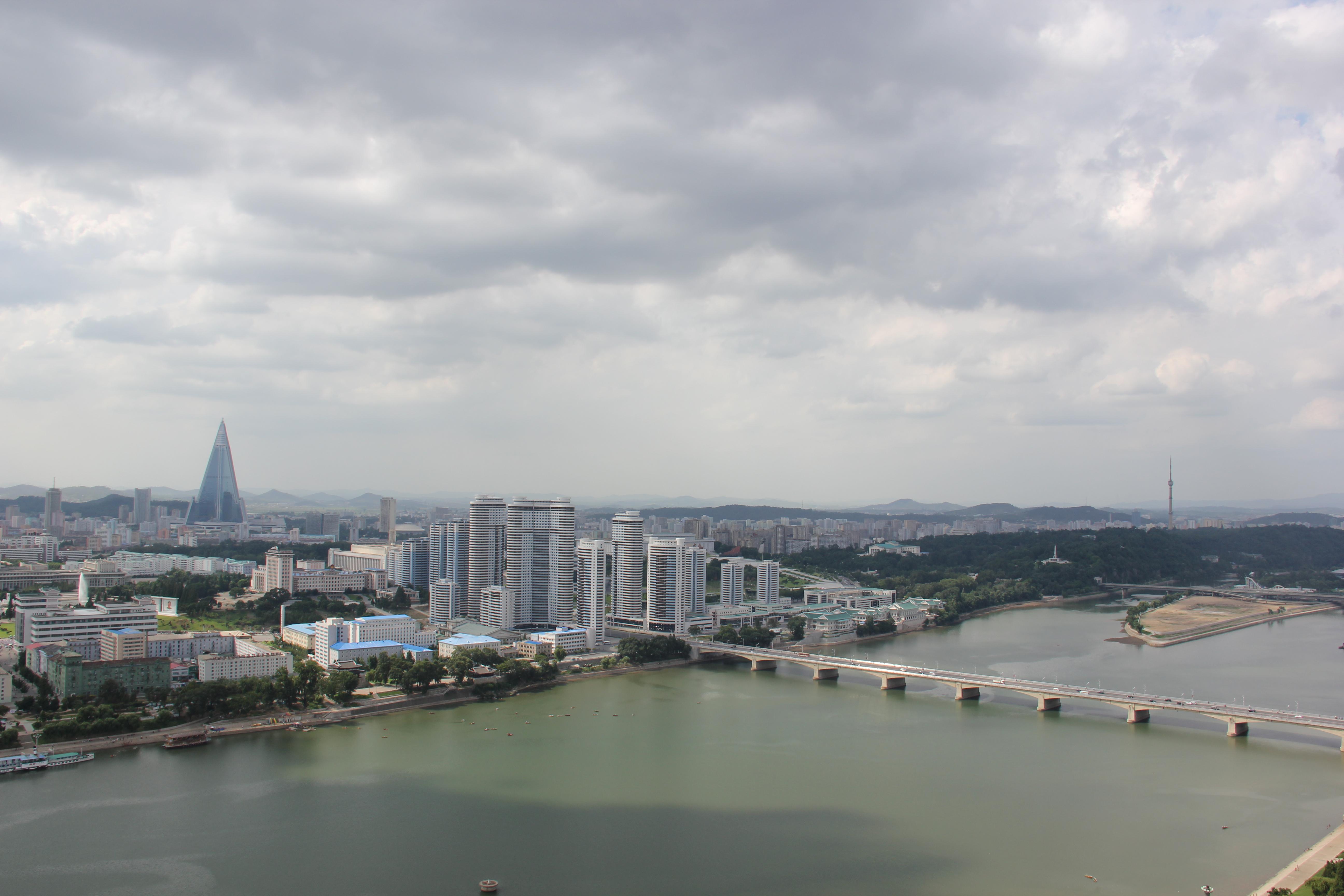 Laika ac Pyongyang (7975203722).jpg