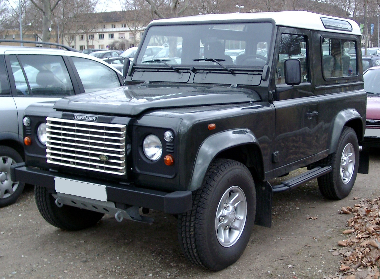 File Land Rover Defender Front 20080226 Jpg Wikimedia Commons