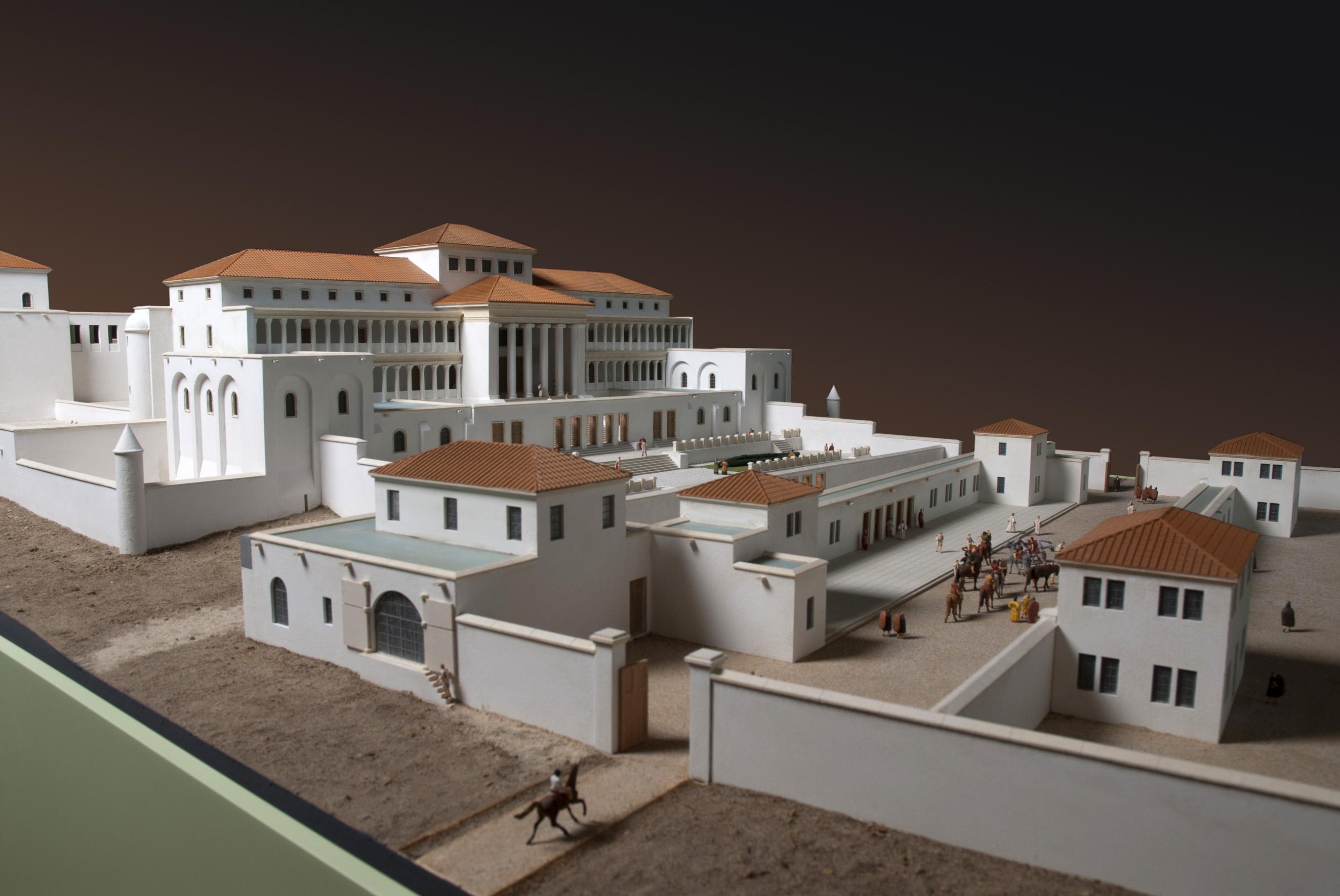 File lat nium maquette villa wikimedia commons - Maison romaine antique ...
