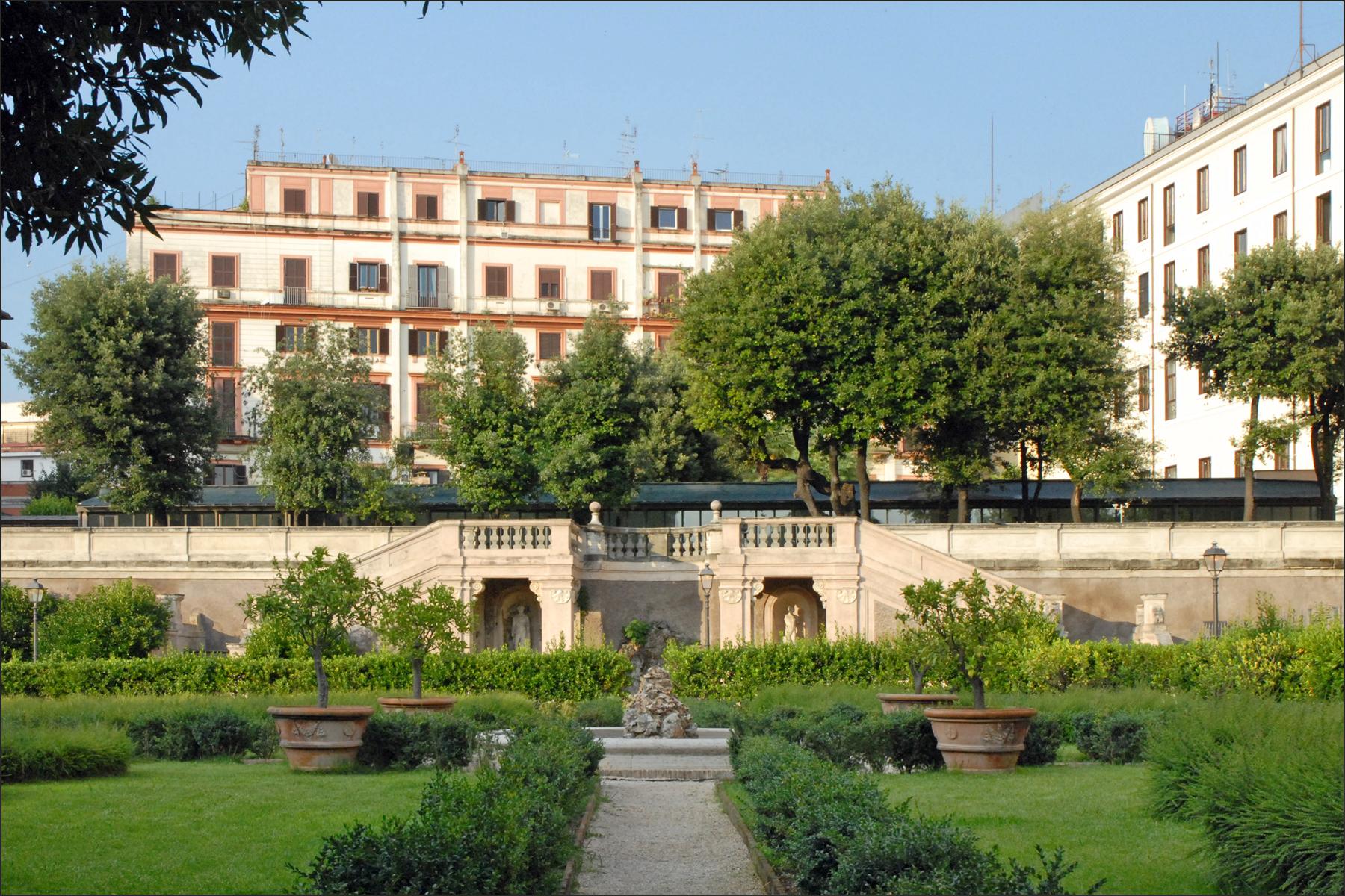 Jardins de la villa barberini rome r servez des tickets for Jardin de la villa paris