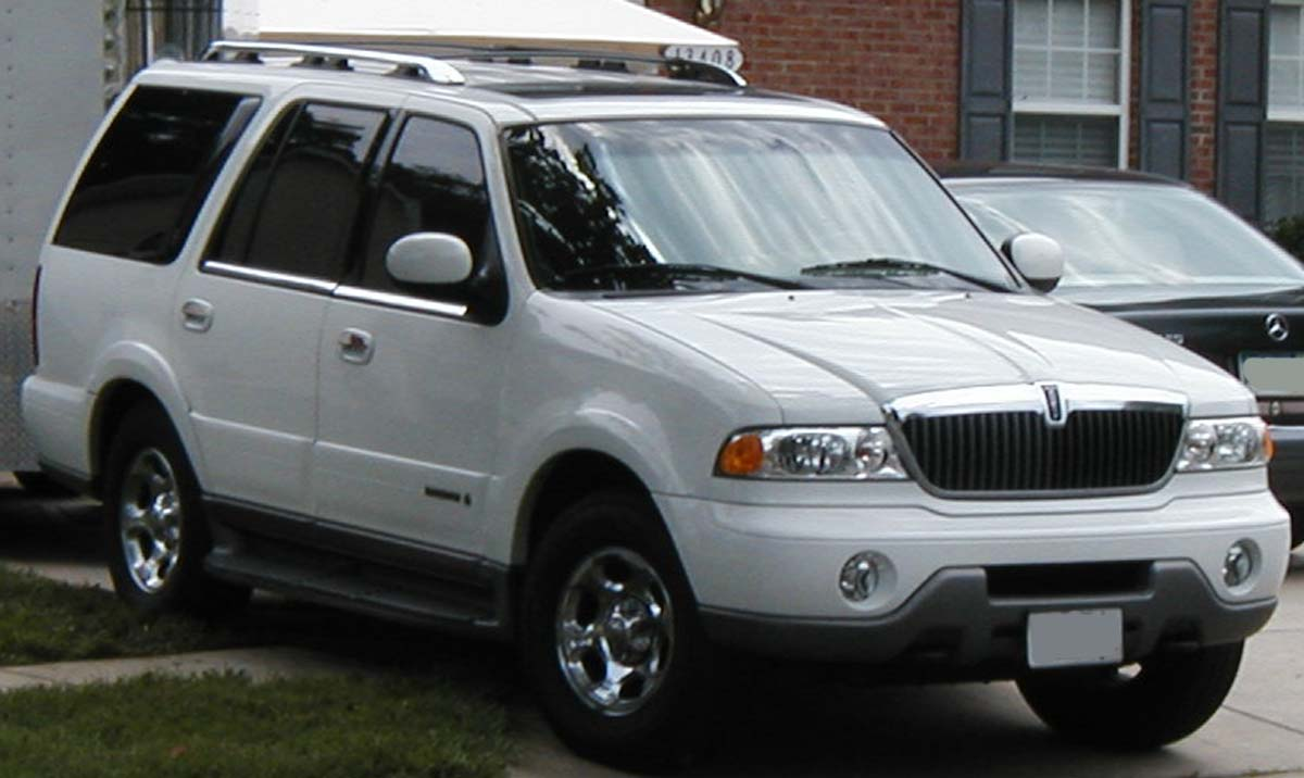 File Lincoln Navigator Jpg Wikimedia Commons