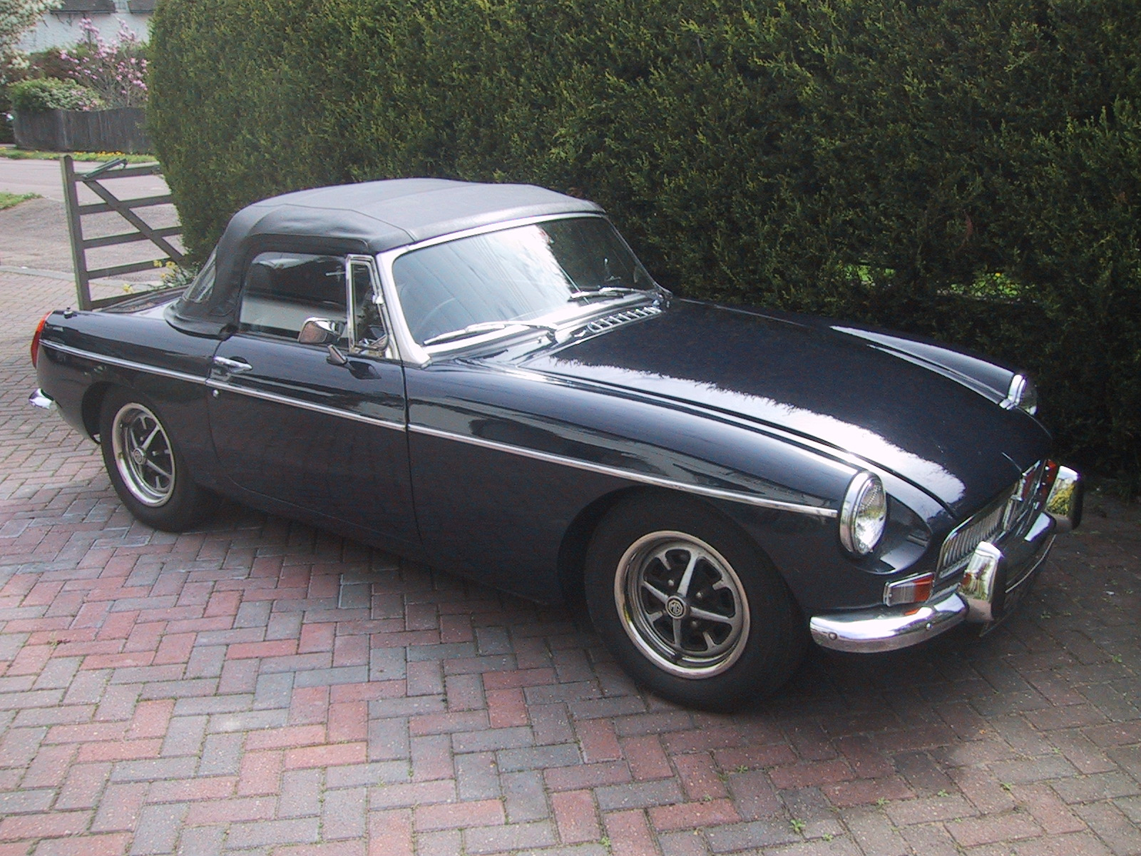 Was 1973 mg midget value young French