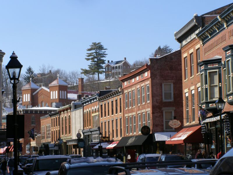Galena (IL) United States  city photo : Description Main Street westview Galena Illinois P2140173 House w Pine ...