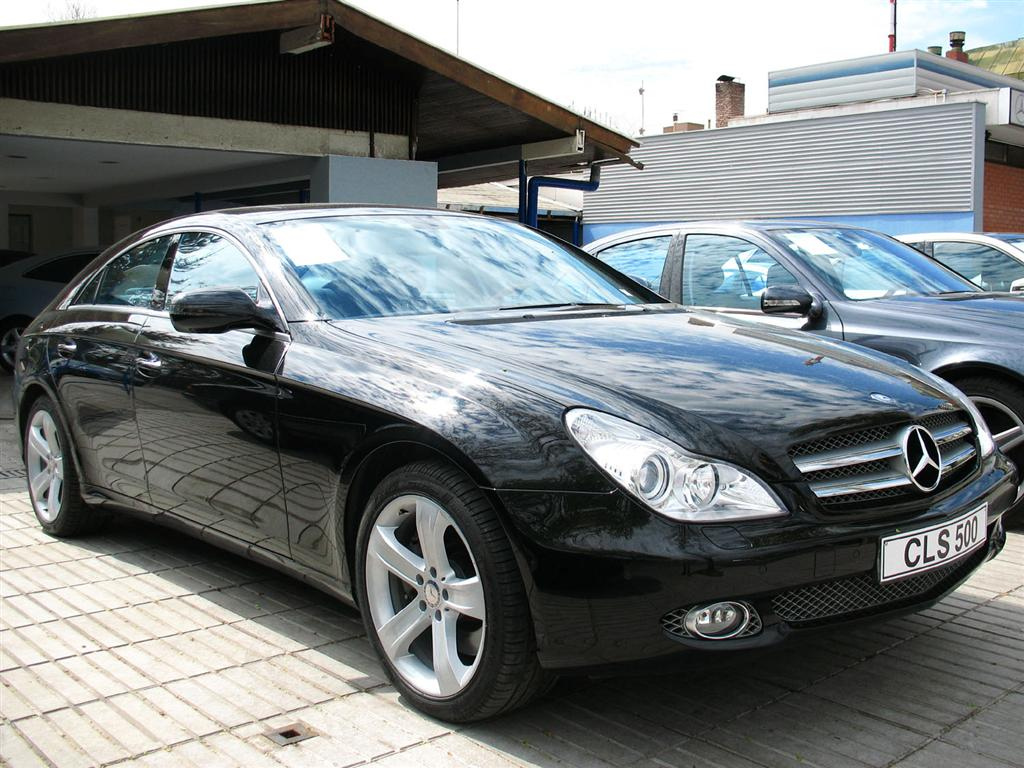file mercedes benz cls 500 wikimedia commons