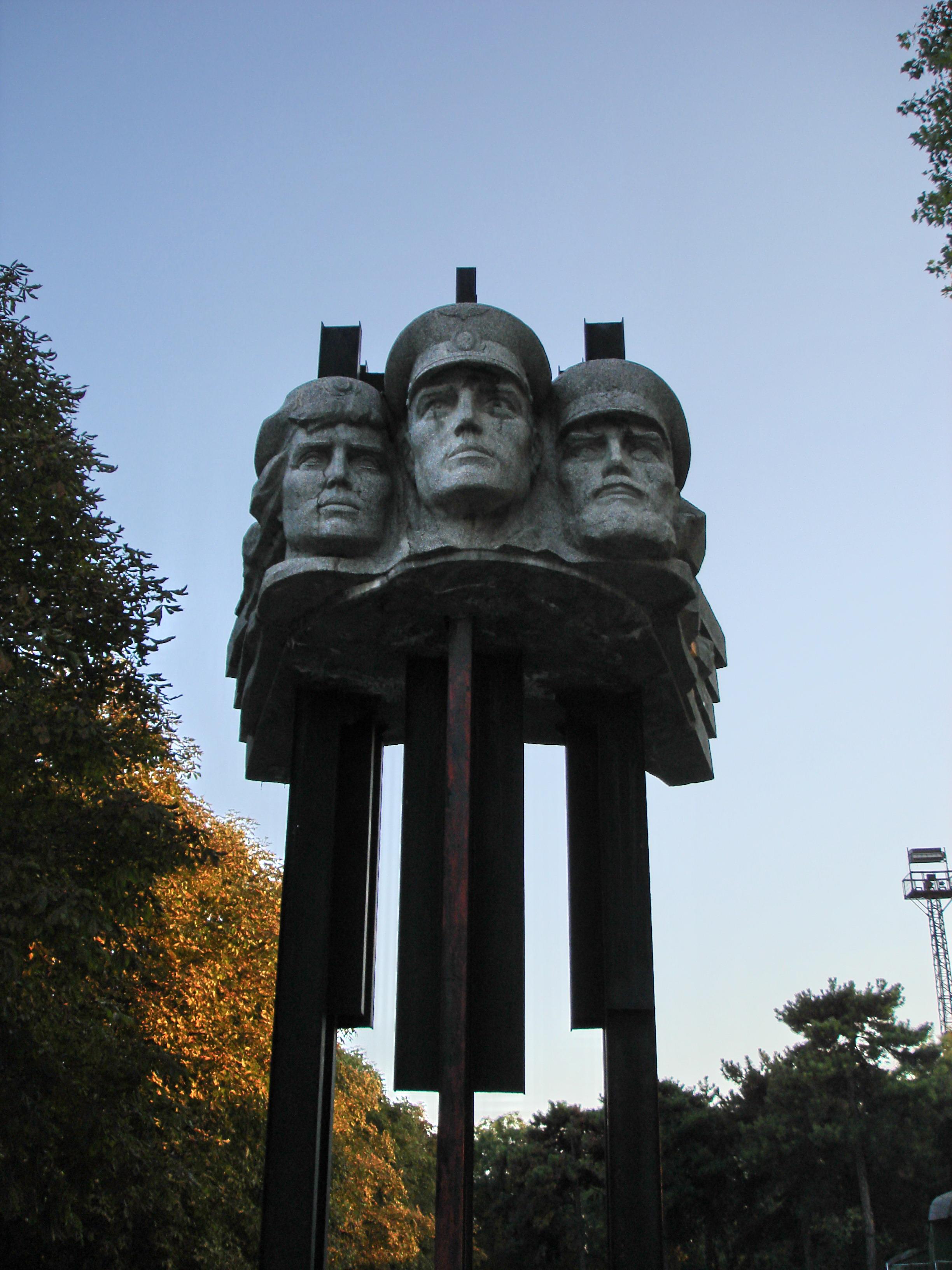 Monument jd Bendery.jpg