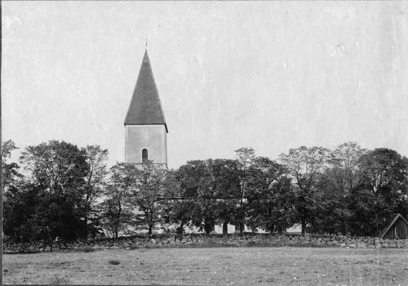 Lamp, from Mosj church, Nrke Sweden 14-15th - Pinterest