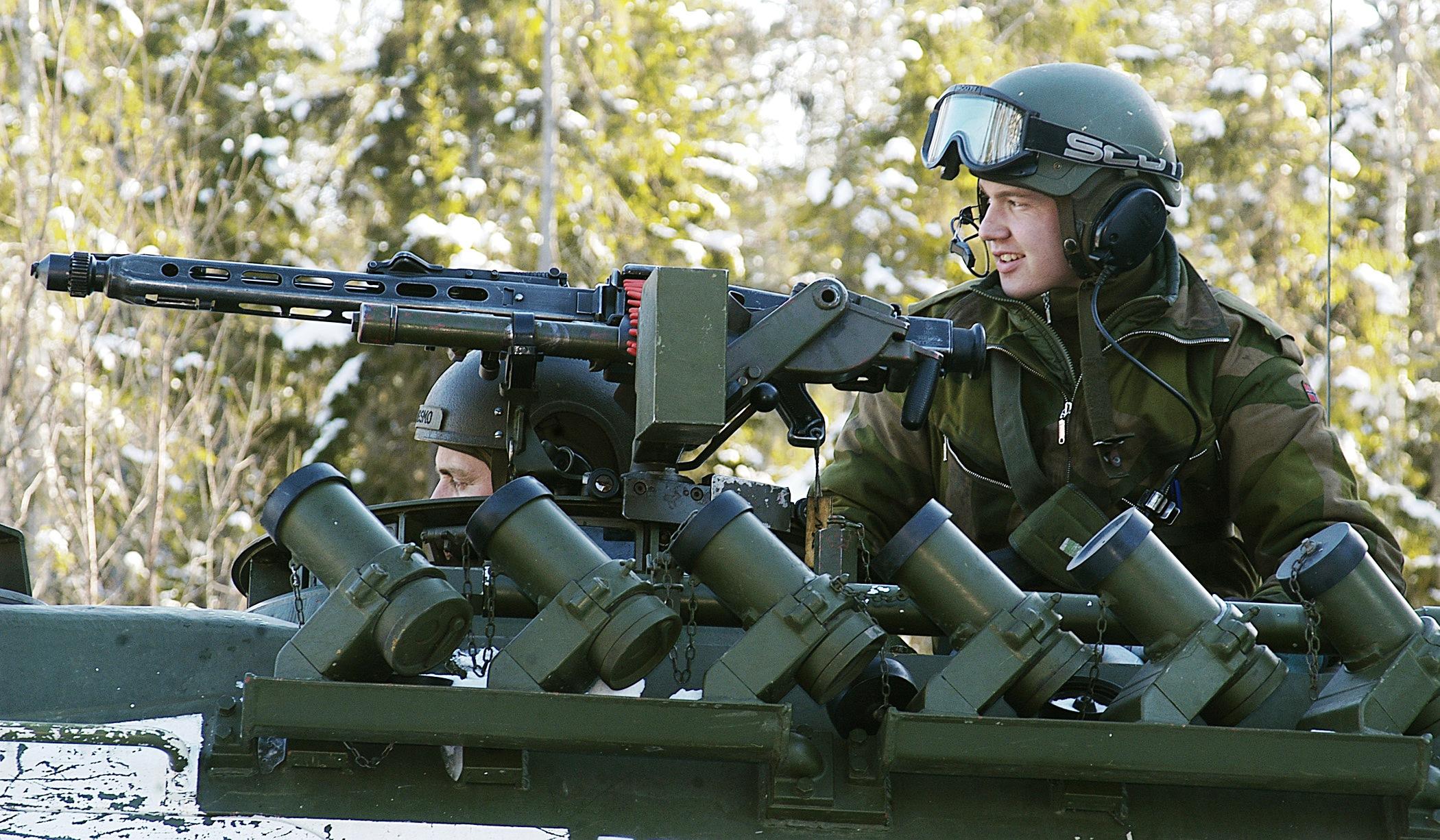 Norwegian_soldier_-_Battle_Griffin_2005.