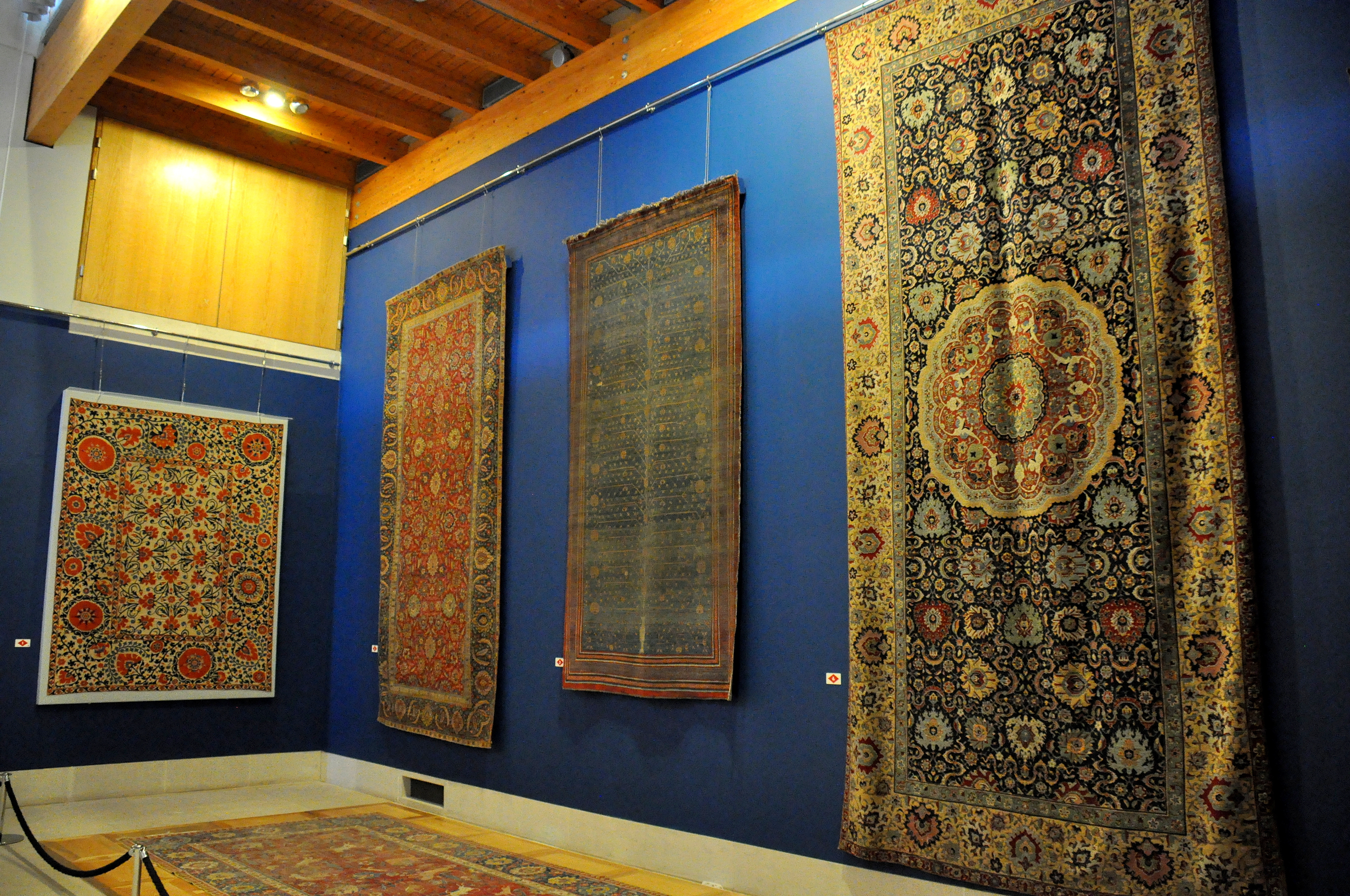 File Persian Carpets The Burrell Collection Glasgow Uk Jpg