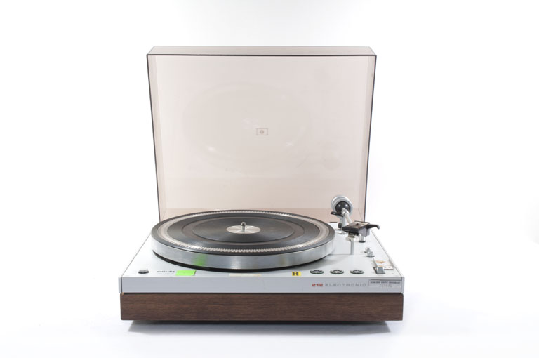 File:Philips 212 Electronic Turntable.jpg