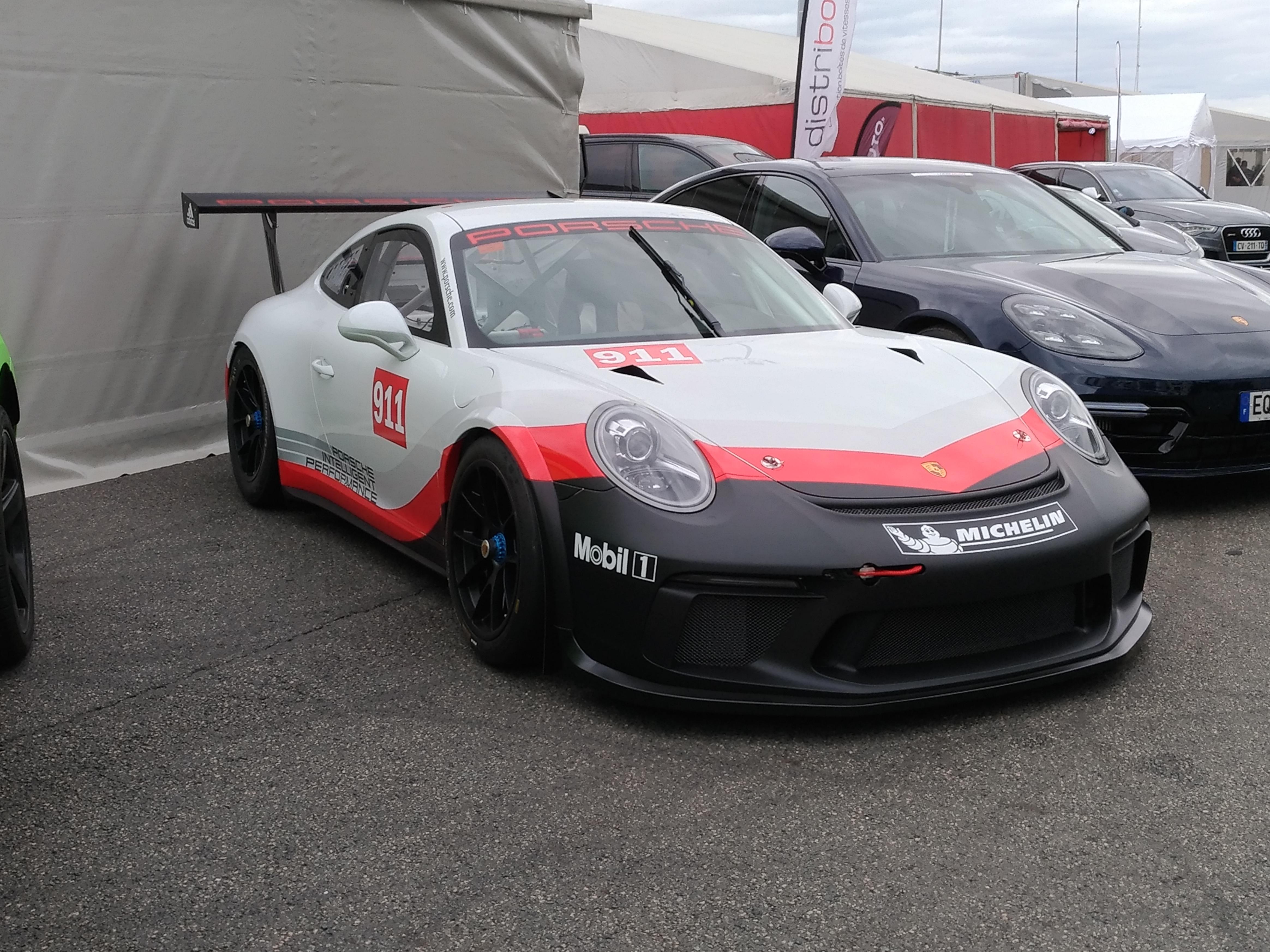 File Porsche 911 Gt3 Rsr 25350040028 Jpg Wikimedia Commons