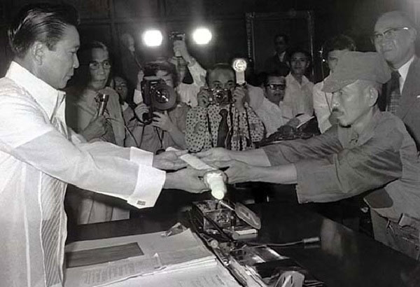 President Marcos and Hiroo Onoda.jpg
