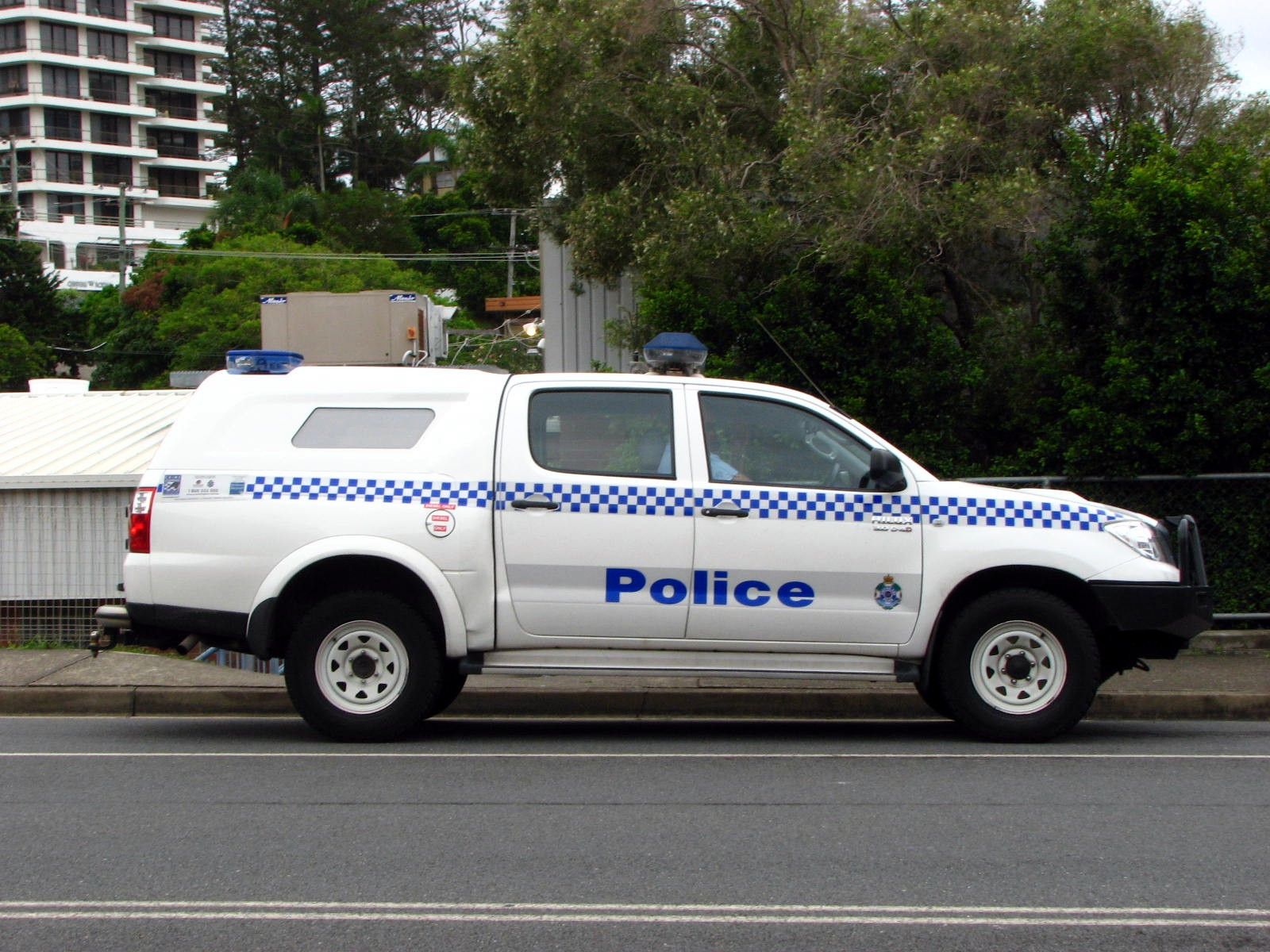 FileQLD Police \u0027HIMEN\  Toyota Hilux 4X4 with Holden Crewman rear ute- & File:QLD Police \u0027HIMEN\