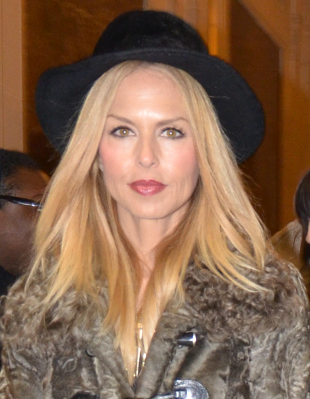 The 47-year old daughter of father Ron Rosenzweig and mother Leslie Rosenzweig Rachel Zoe in 2018 photo. Rachel Zoe earned a  million dollar salary - leaving the net worth at 10 million in 2018