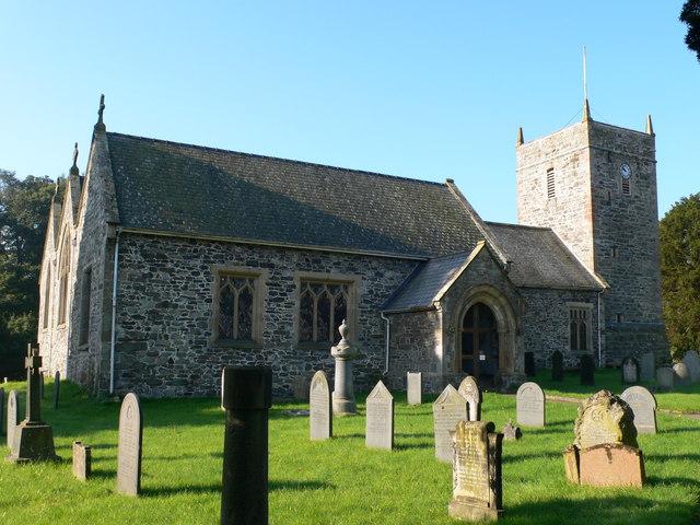 St Dogfans kirke i Llanrhaeadr ym Mochnant i Denbighshire