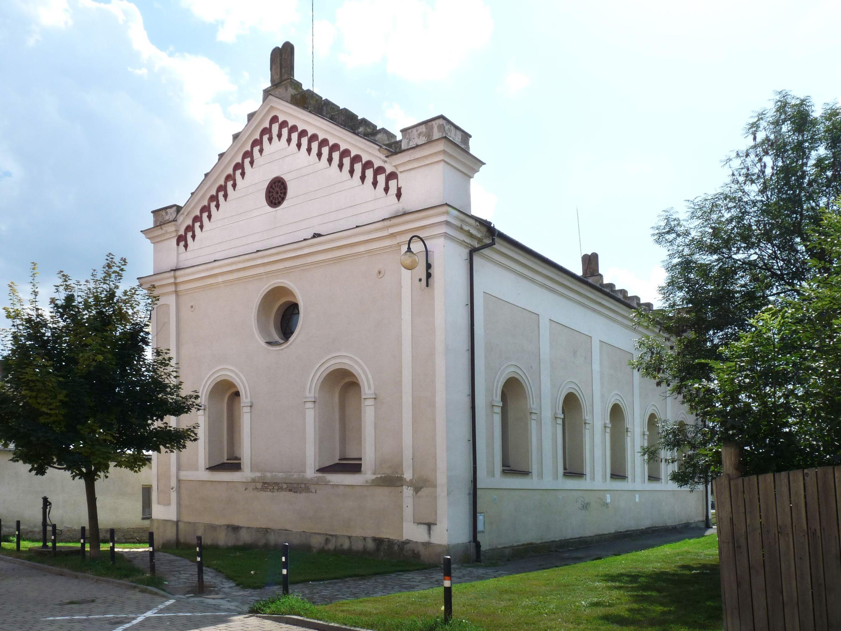 Synagoga ve Slavkově u Brna