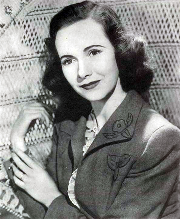 teresa wright net worth