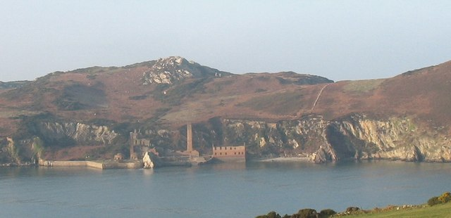 The quartzite quarries associated with the Porth Wen brickworks - geograph.org.uk - 1100885