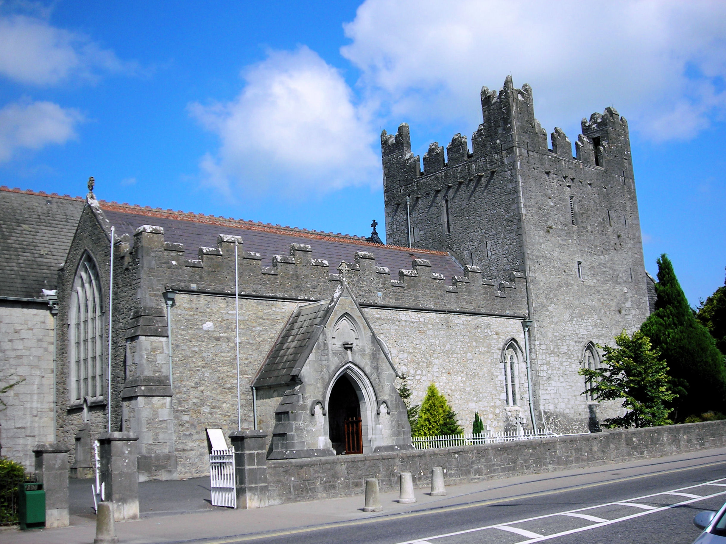 Limerick Ireland  City new picture : Description Trinitarian Abbey, Limerick, Ireland